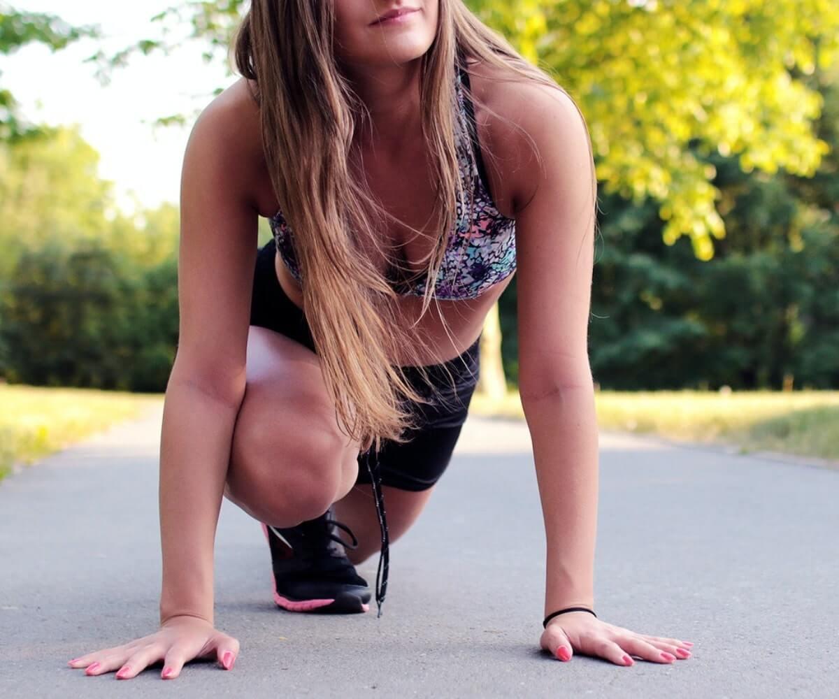 woman getting ready to run, starting slowly, keto flu cure