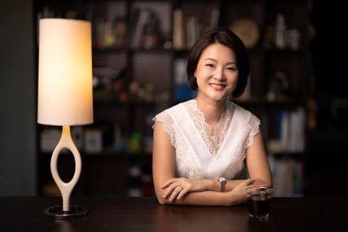Speaking from Singapore, reaching global audiences worldwide virtually
